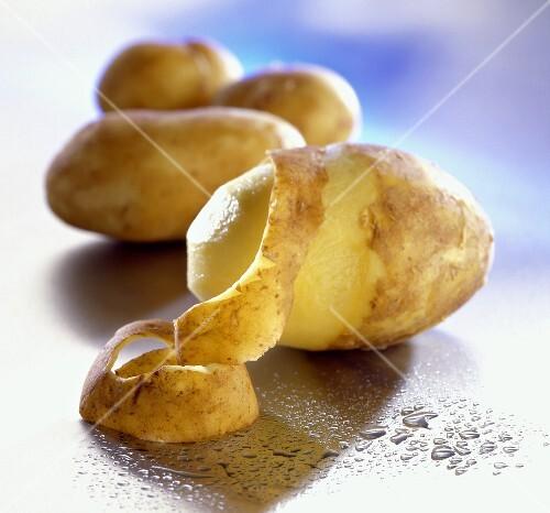 Картошку с кожурой варить