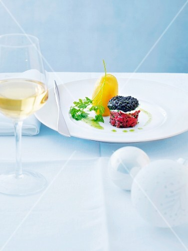 Beef tartar with caviar and chive oil