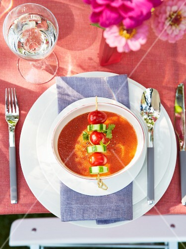 Gazpacho with a vegetable skewer (seen from above)