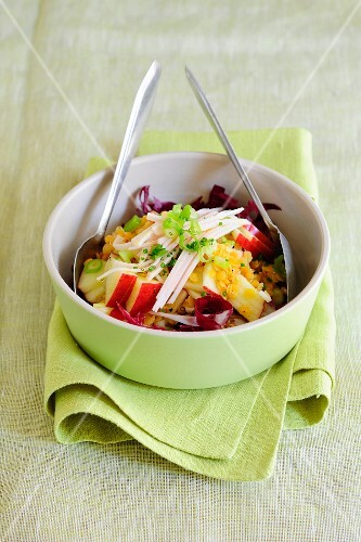 Lentil salad with apple and radicchio