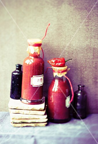 Plum and chilli sauce