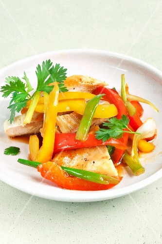 Chicken breast salad with peppers (Thailand)