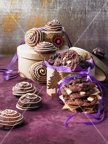 Chocolate and marzipan macaroons and triple chocolate cookies