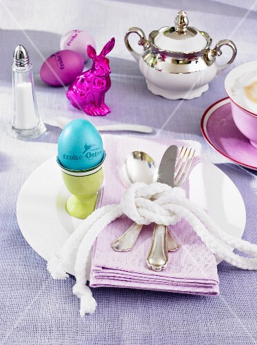 An Easter breakfast place setting