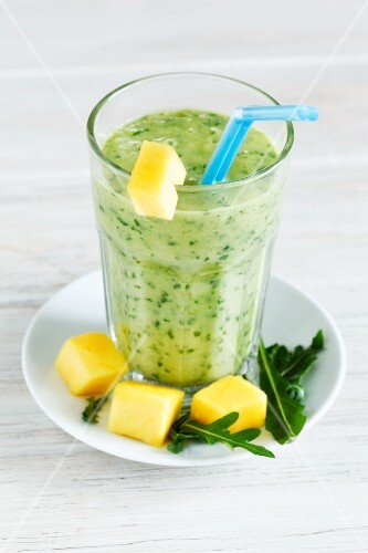 Rocket and mango smoothie