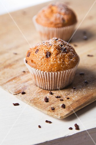 Muffins with sugar and chocolate chips