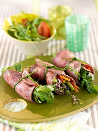 Roast beef rolls filled with lettuce