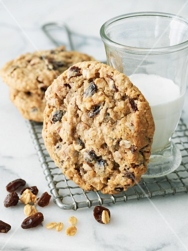Chewy Oatmeal Raisin Cookies with a Glass of Milk