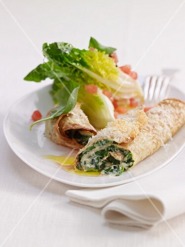 Crespelle with spinach and cheese