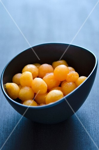 A bowl of melon balls