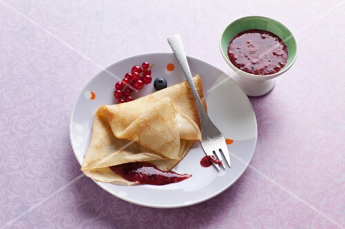 Crepes with berry sauce
