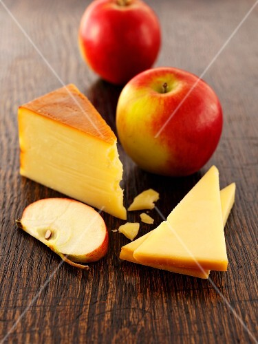 Smoked Cheddar and apples