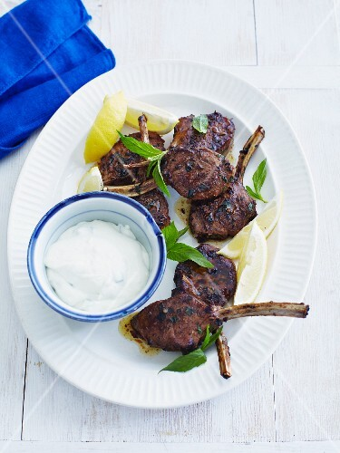 Grilled lamb chop with mint and a yoghurt dip