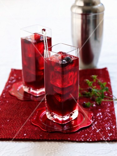 Winter berry cocktails