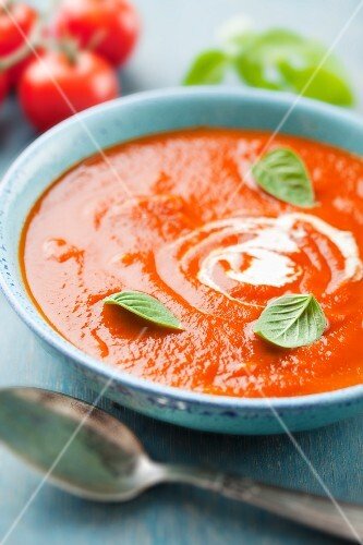 Tomato and carrot soup with onions and balsamic vinegar