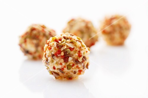 Tangy cream cheese balls (close-up)