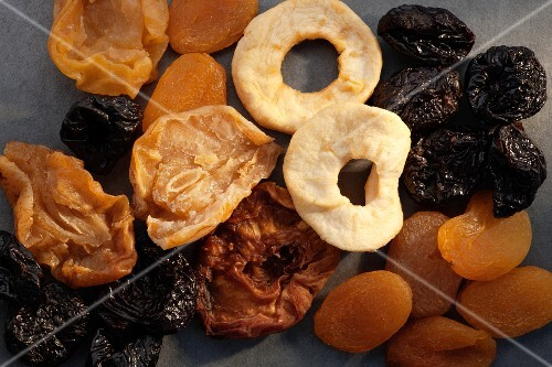 A variety of dried fruit (top view)