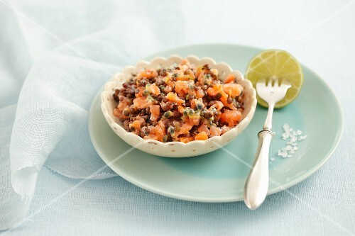 Smoked salmon and lentil tartar with passion fruit