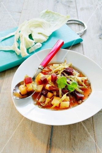 Basic borscht with potatoes and white cabbage