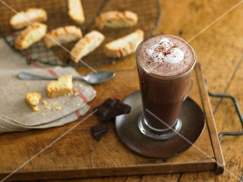 Hot chocolate with biscotti
