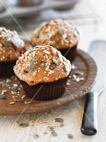 Wholegrain muffins with seeds