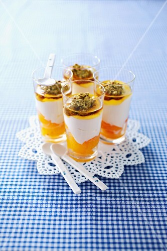 Curd cheese dessert with apricots