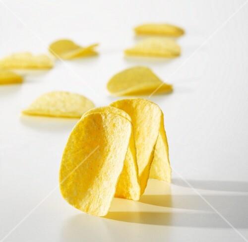 chips mit salz und essig bild kaufen 11182870 stockfood. Black Bedroom Furniture Sets. Home Design Ideas