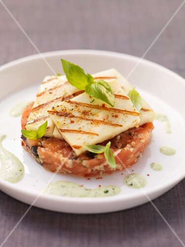 Tomato and olive tartare with halloumi