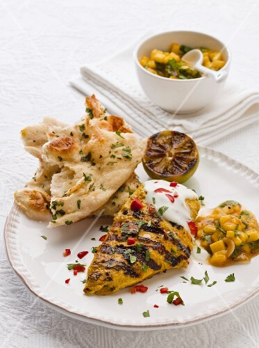 Chicken tikka with mango chutney and flatbread