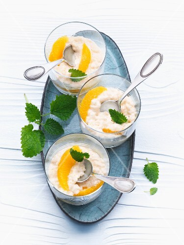 Orange rice pudding