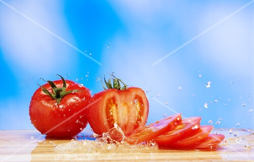 Tomatoes with a splash of water
