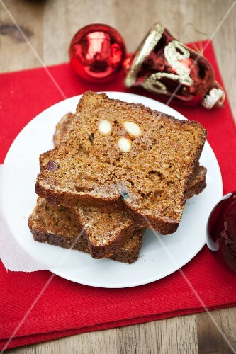 Pain d'épices (French spiced gingerbread)