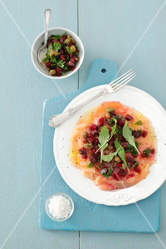 Fish carpaccio with beetroot salsa