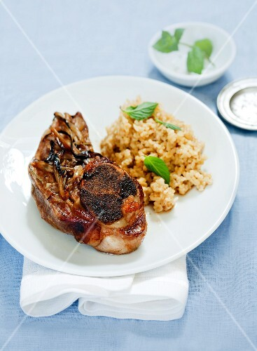 Lamb with bulgur and mint