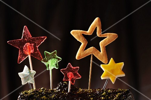 Star-shaped lollipops and pastries on sticks