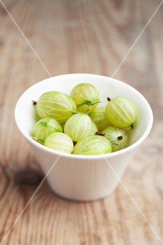 Gooseberries in a plastic punnet