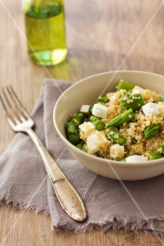 Quinoa and asparagus salad with feta