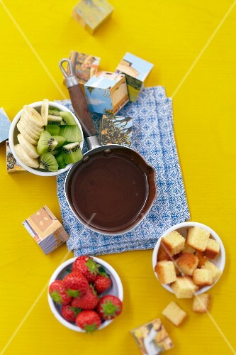 Fruit-based chocolate fondue