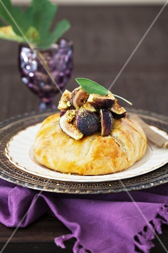 Pastry Wrapped Baked Brie with Figs and Honey