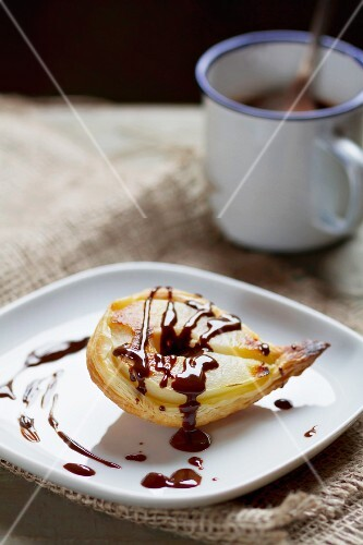 Pears in puff pastry with chocolate sauce