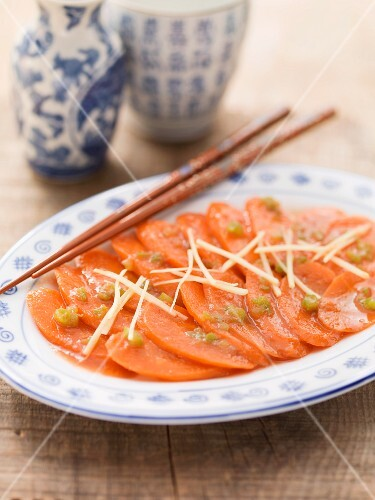 Sweet and sour carrots (Asia)