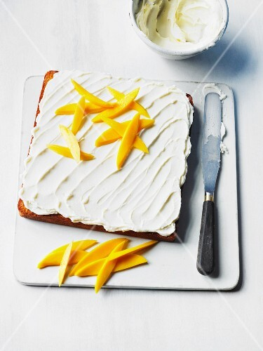 Mango cake with cream cheese topping