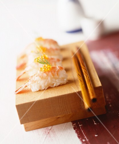Nigiri sushi with prawns and caviar