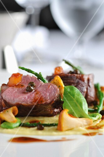 Lamb steak with chanterelles