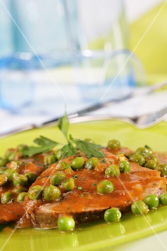 Roast veal with peas