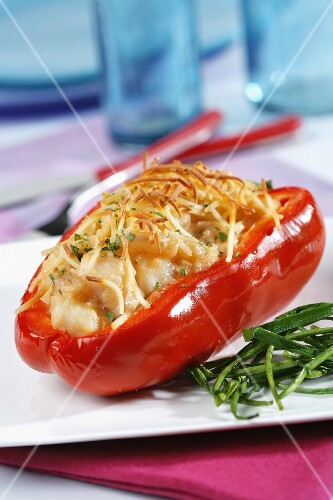 Red bell peppers stuffed with hake and shrimps
