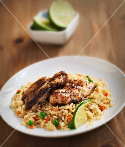 Grilled chicken breast with risi bisi