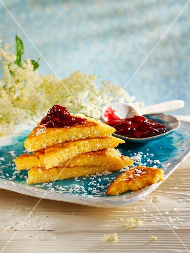 Coconut pancake with elderflowers