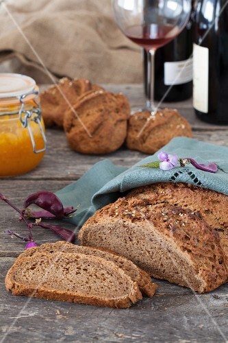 Pumpernickel Bread with Wine and Prune Butter