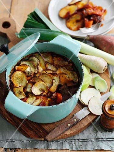 Hot pot (casserole, England) with beef, leek and root vegetables